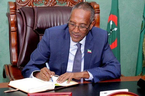 Somaliland President partially reshuffles cabinet