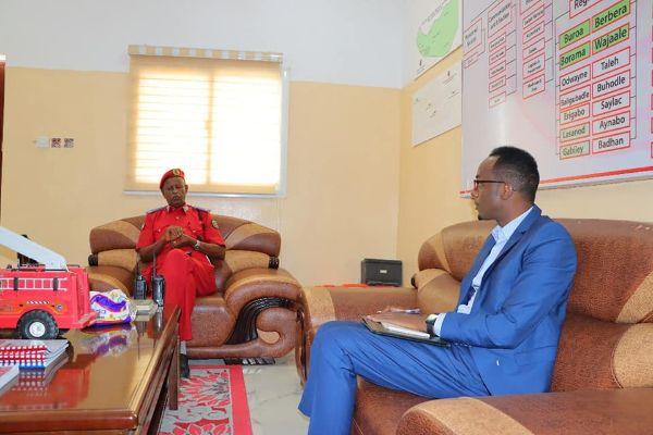 Mid ka mida Qurbajoogta Somaliland oo kulan la qaatay Taliyaha Ciidanka Dab-demiska JSL
